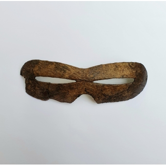 Snow goggles, Inuit, c.a. 2000 - 8000 BP.
