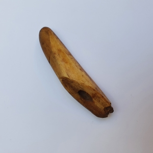 Item with an unknown meaning, Inuit, c.a. 2000 - 8000 BP.